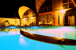 Our polychromatic pool gives the Kites Mancora night life a whole new feel